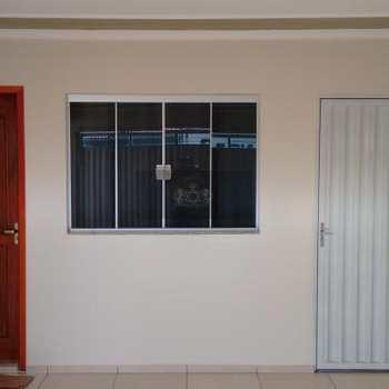 Casa em Palmital, bairro Residencial Gonden Park