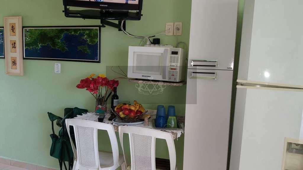 Apartamento em Caraguatatuba, no bairro Massaguaçu
