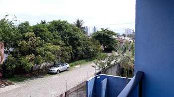 Apartamento, código 402 em Caraguatatuba, bairro Martim de Sá