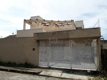 Sobrado, código 468 em Caraguatatuba, bairro Praia das Palmeiras