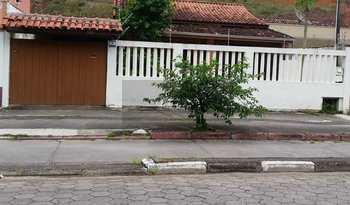 Casa, código 474 em Caraguatatuba, bairro Prainha