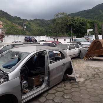 Galpão em Caraguatatuba, bairro Jaraguazinho
