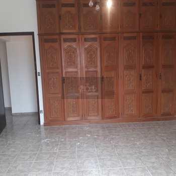 Casa em Caraguatatuba, bairro Jardim Maristela