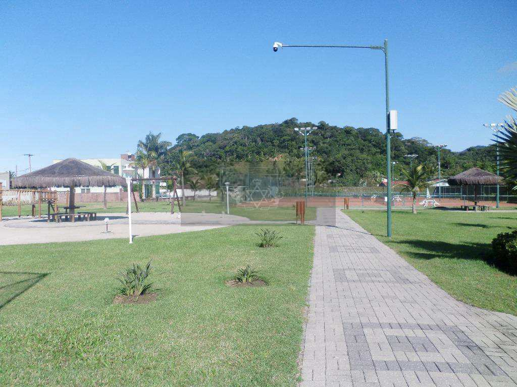 Terreno de Condomínio em Caraguatatuba, no bairro Massaguaçu