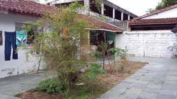 Casa, código 513 em Caraguatatuba, bairro Porto Novo