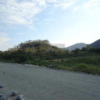 Área em Caraguatatuba, bairro Poiares