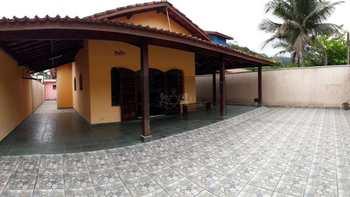Casa, código 561 em Caraguatatuba, bairro Jardim Casa Branca