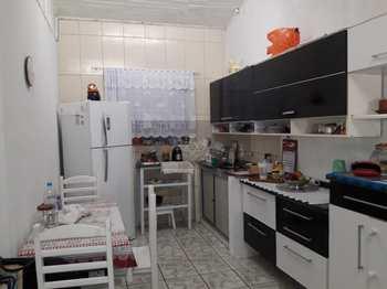 Casa, código 562 em Caraguatatuba, bairro Sumaré