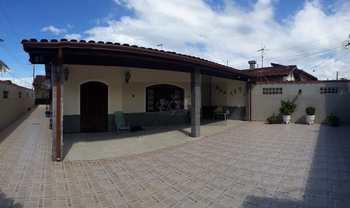 Casa, código 564 em Caraguatatuba, bairro Jardim Casa Branca