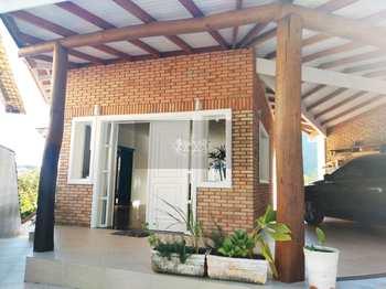 Casa, código 574 em Caraguatatuba, bairro Cidade Jardim