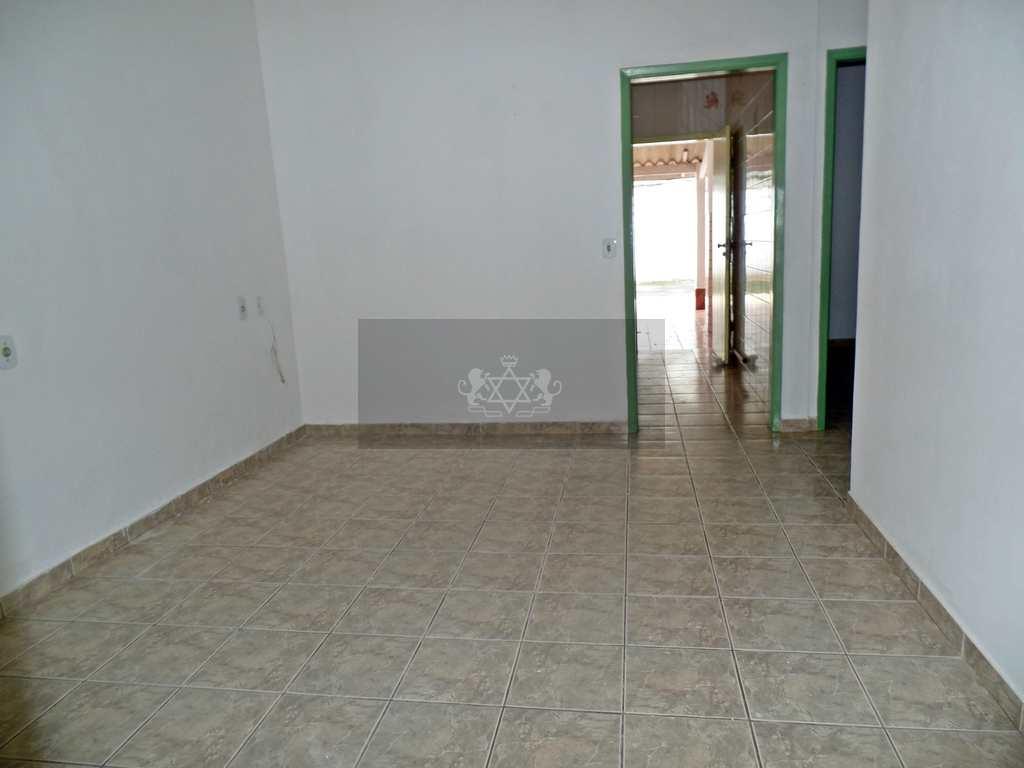 Casa em Caraguatatuba, no bairro Prainha