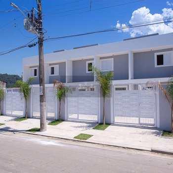 Sobrado de Condomínio em Caraguatatuba, bairro Balneário Gardem Mar