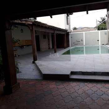 Sobrado em Caraguatatuba, bairro Prainha