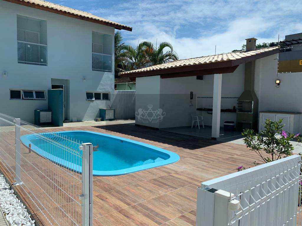 Casa de Condomínio em Caraguatatuba, no bairro Balneário Gardem Mar