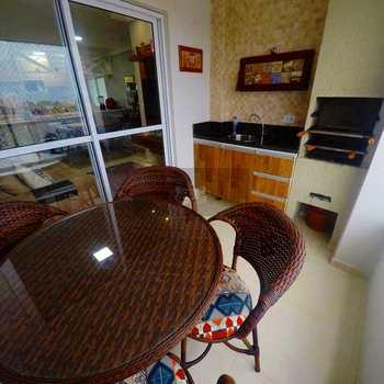 Apartamento em Caraguatatuba, bairro Sumaré