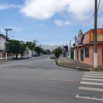 Casa Comercial em Caraguatatuba, bairro Centro