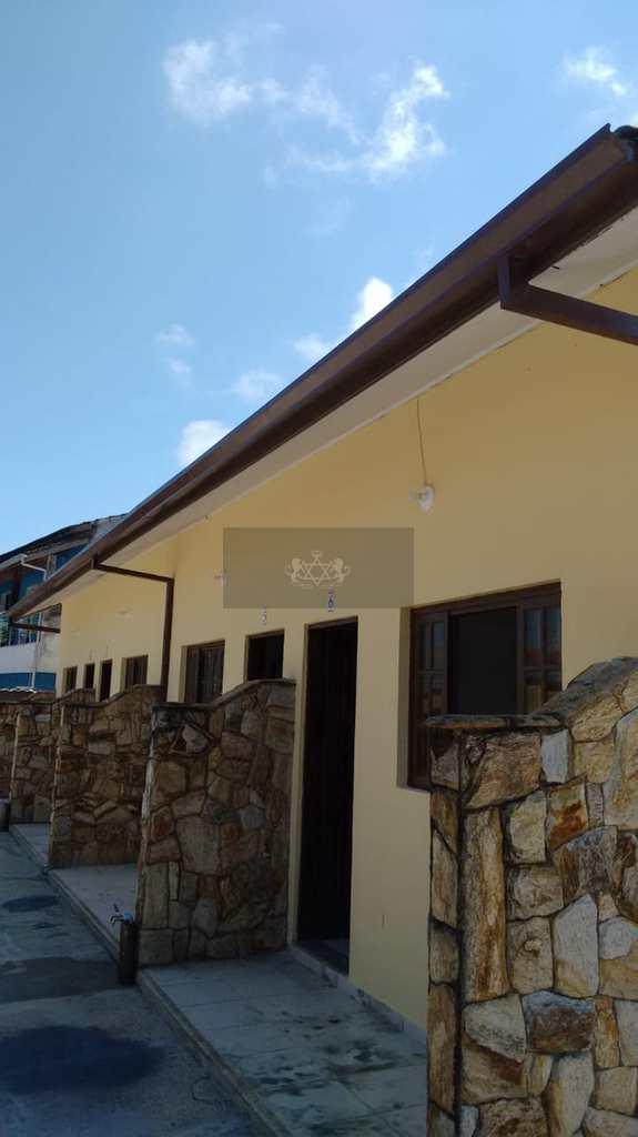 Casa Comercial em Caraguatatuba, no bairro Martim de Sá