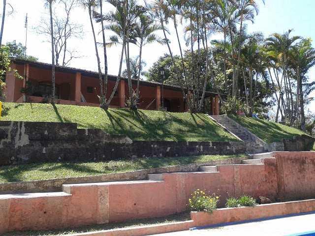 Chácara em Santa Isabel, no bairro Centro