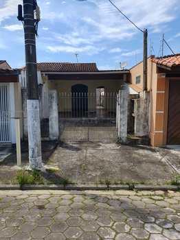 Casa, código 750 em Caraguatatuba, bairro Estrela D Alva