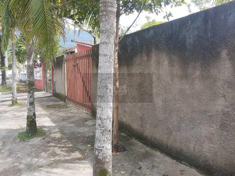 Terreno em Caraguatatuba, no bairro Balneário Gardem Mar
