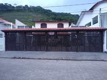 Casa, código 785 em Caraguatatuba, bairro Jardim Adalgisa