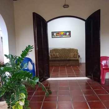 Casa em Caraguatatuba, bairro Jardim Adalgisa