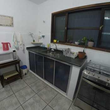 Casa em Caraguatatuba, bairro Jardim Brasil