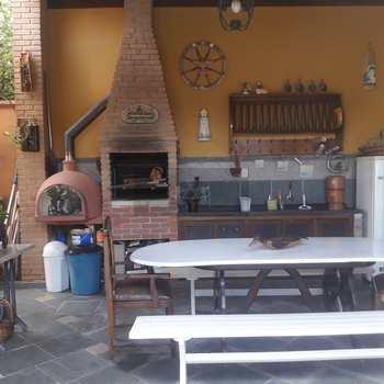 Casa em Caraguatatuba, bairro Jardim Primavera