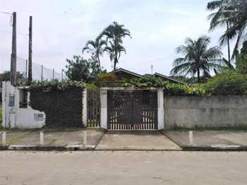 Casa, código 835 em Caraguatatuba, bairro Martim de Sá