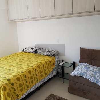 Apartamento em Caraguatatuba, bairro Loteamento Balneário Camburi