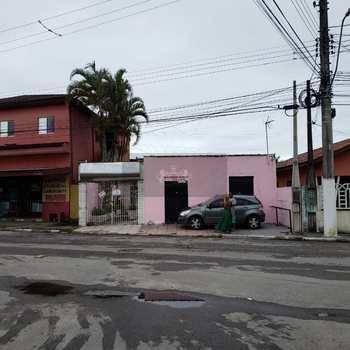 Casa Comercial em Caraguatatuba, bairro Travessão