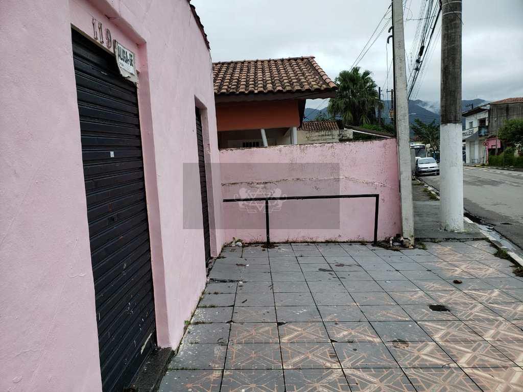 Casa Comercial em Caraguatatuba, no bairro Travessão