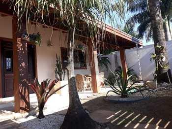 Casa, código 875 em Caraguatatuba, bairro Indaiá