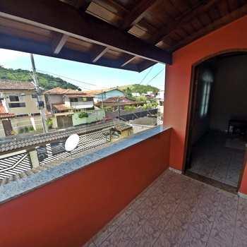 Sobrado em Caraguatatuba, bairro Balneário Forest