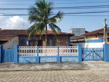 Casa, código 902 em Caraguatatuba, bairro Massaguaçu
