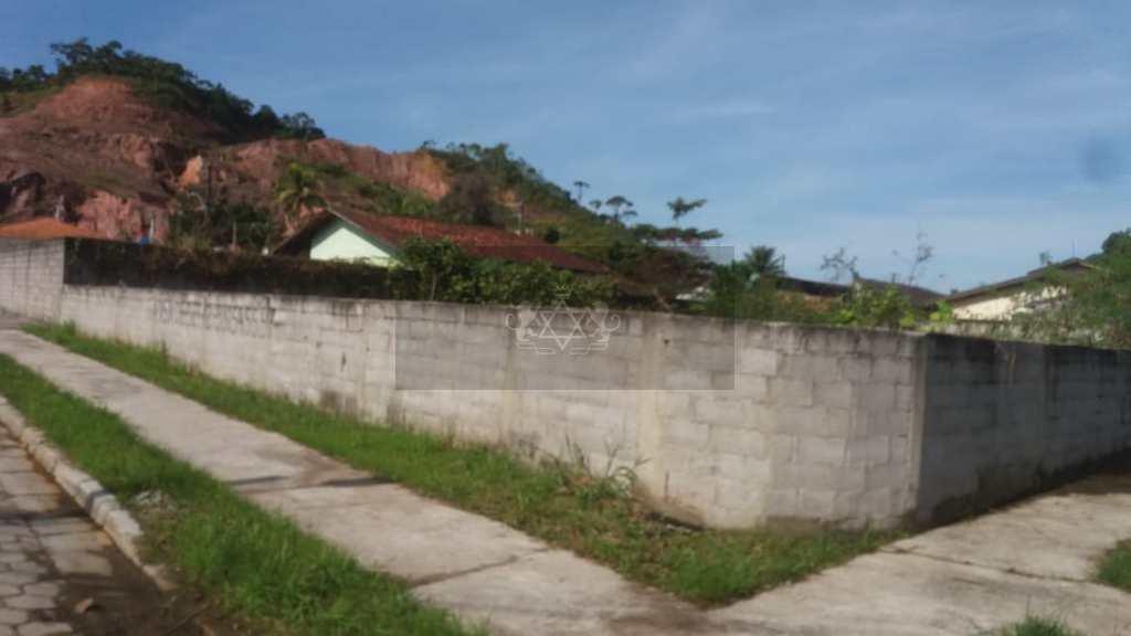 Terreno em Caraguatatuba, no bairro Martim de Sá