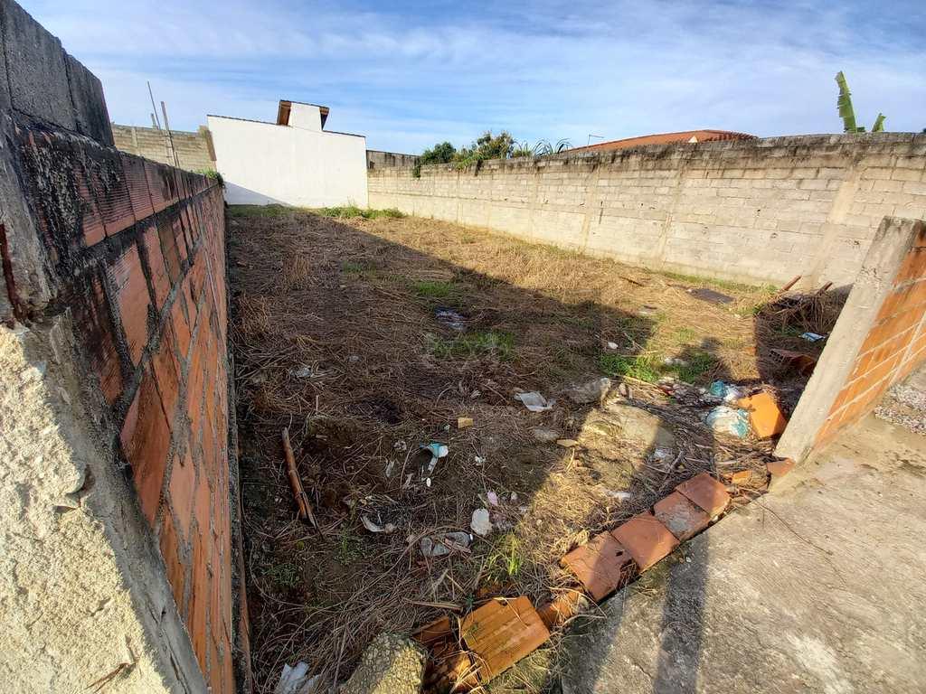 Terreno em Caraguatatuba, no bairro Jardim Tarumãs