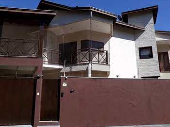 Casa, código 1040 em Caraguatatuba, bairro Indaiá