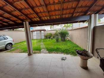Casa, código 1068 em Caraguatatuba, bairro Jardim Britânia