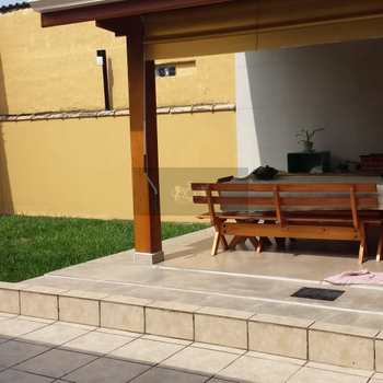 Casa em Caraguatatuba, bairro Jardim Jaqueira
