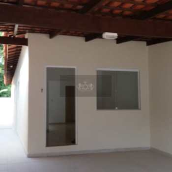 Casa em Caraguatatuba, bairro Rio do Ouro