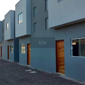 Casa de Condomínio em Caraguatatuba, bairro Capricórnio II