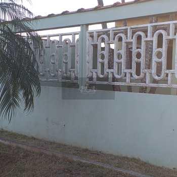 Casa em Caraguatatuba, bairro Barranco Alto