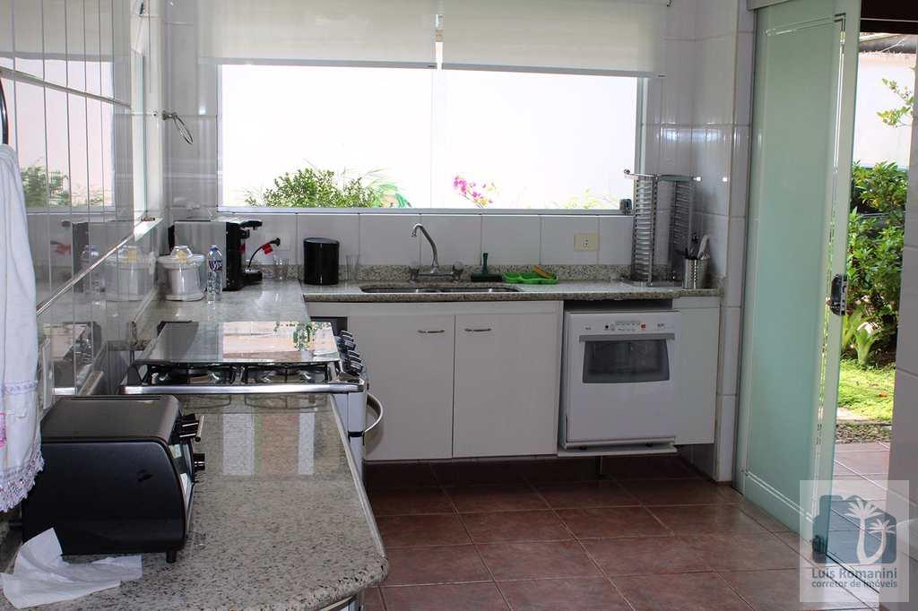 Casa em São Sebastião, no bairro Juquehy