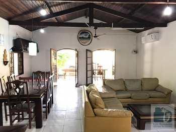 Casa, código 10 em São Sebastião, bairro Camburi