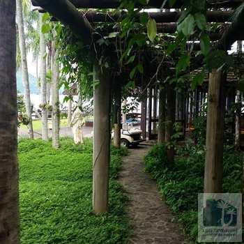 Conjunto Comercial em Angra dos Reis, bairro Aeroporto (Cunhambebe)