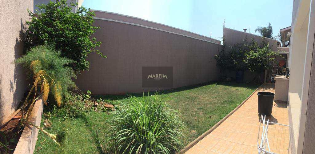 Casa em Iracemápolis, no bairro Parque Cesarino Borba