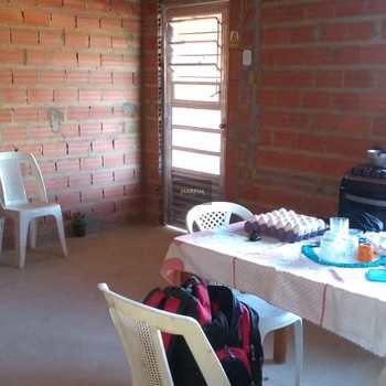 Casa em Capivari, bairro Jardim Santa Rita de Cassia