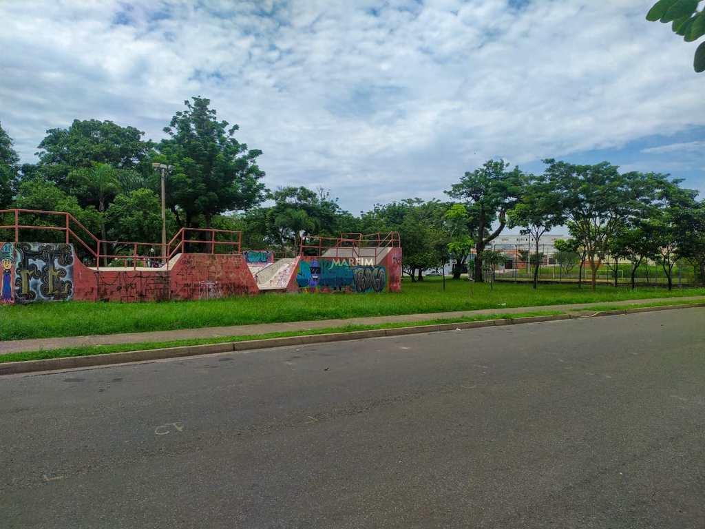 Terreno Comercial em Piracicaba, no bairro Santa Terezinha