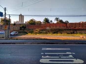 Terreno Comercial, código 62249317 em Piracicaba, bairro Higienópolis